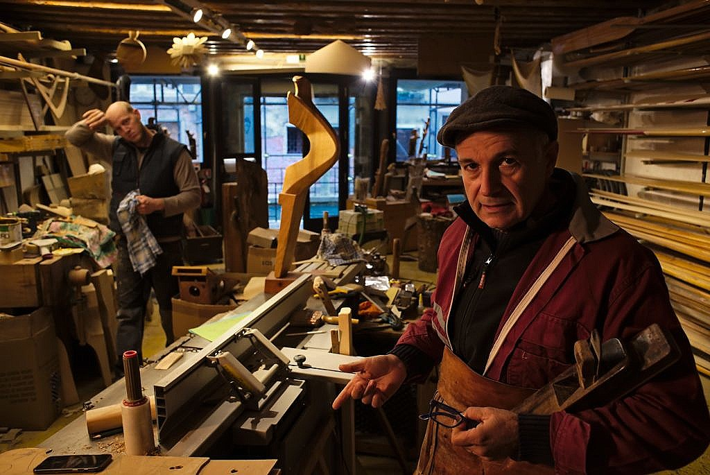 Saverio Pastor in his workshop